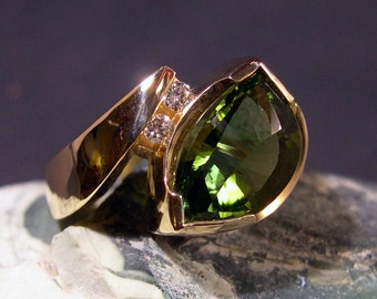 Green Tourmaline, Fancy Cut, 4.67ct, 14k Gold, Designer Ring
