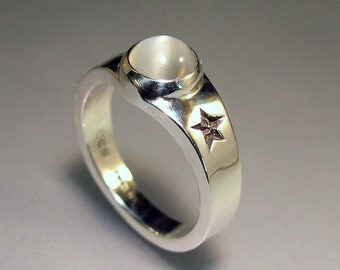 Moonstone Ring with Special Stars, Sterling Silver