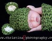 Set-Hat-Teddy Bear Cocoon Newborn Baby Photo Prop in GRASS GREEN