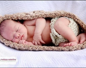 Basket and Diaper SET Newborn Egg Bowl Baby Photo Prop Creamy/Wheat - Photography Set 2pcs