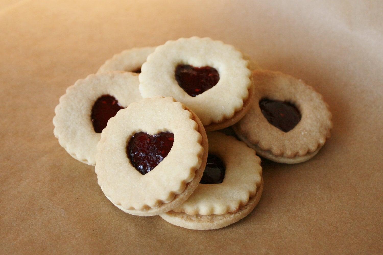 Linzer cookies strawberry raspberry 12 by AngelikasSwissBakery