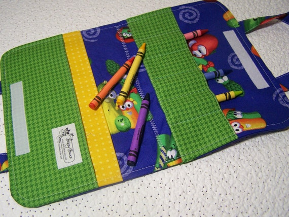 Veggie Tales Childs Ready-to-Go Travel Crayon tote with crayons - Includes shipping