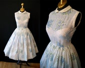 Darling 1950's white and baby blue floral print day sun dress eyelet peter pan collar rockabilly spring - size Small