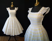 Darling 1950's white cotton new look party dress with yellow ribbon accents vlv spring wedding - size Small to Medium