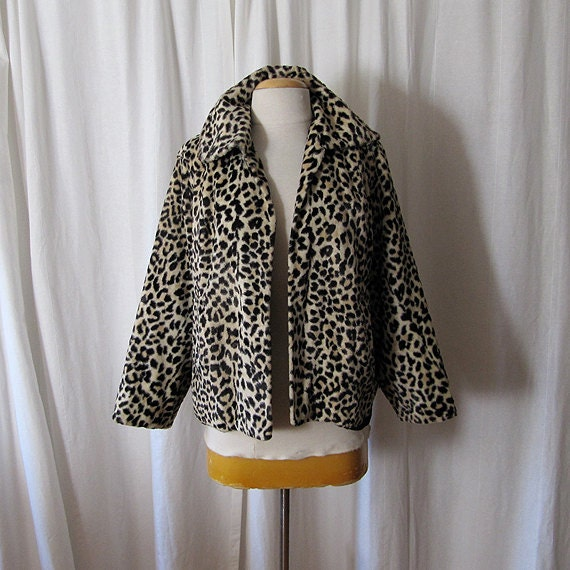 Sassy 1950's  XL leopard faux fur jacket rockabilly  swing glamour pin up girl - size Extra Large