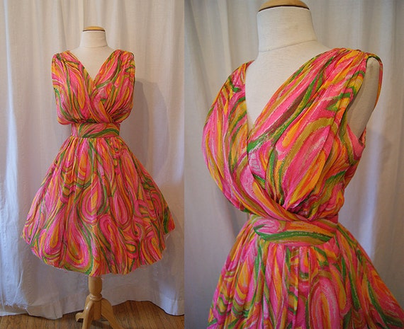 Sexy 1950's 1960's Elizabeth Taylor style vibrant multi color chiffon new look party dress vlv Mad Men - size Medium to Large