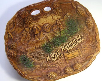 Mount Rushmore Souvenir Plate by Taco, Faux Bobois Mt Rushmore Plate, Faux Wood Carved Vintage Mount Rushmore Souvenir Plate,