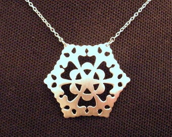 Flowery Sterling silver Snowflake necklace
