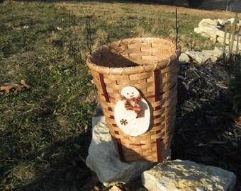 Frosty Friends Basket