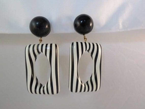 60's MOD Huge Drop Dangle Earrings Black & White Free Shipping
