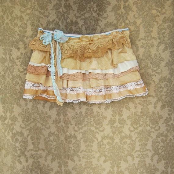 custom listing for CAZ - Vintage Creme Brulee Ruffled Boy Shorts / Bootie Shorts