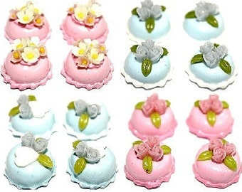 Sweet Cake with Miniature Roses and Tiny Flowers for Dollhouse and Beads Jewelry 8 pcs