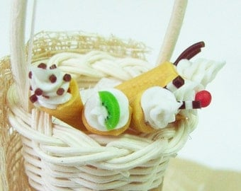 10 Miniature Ice Cream in Waffle Cone for Dollhouse