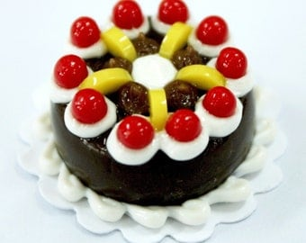 Black Forest and Cherry, 2.0 cm Mini Cake