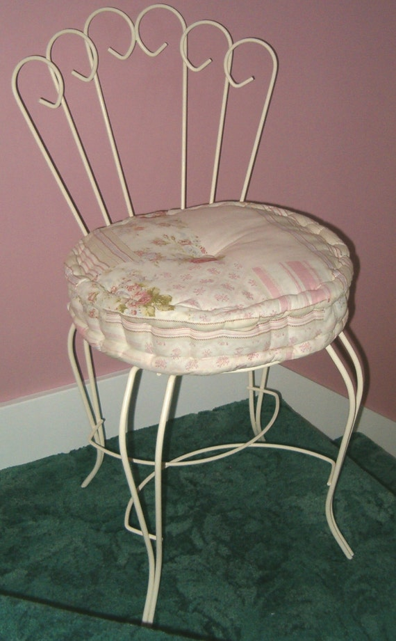 Vintage Antique Shabby Pink Rose Chic Vanity Boudoir Chair