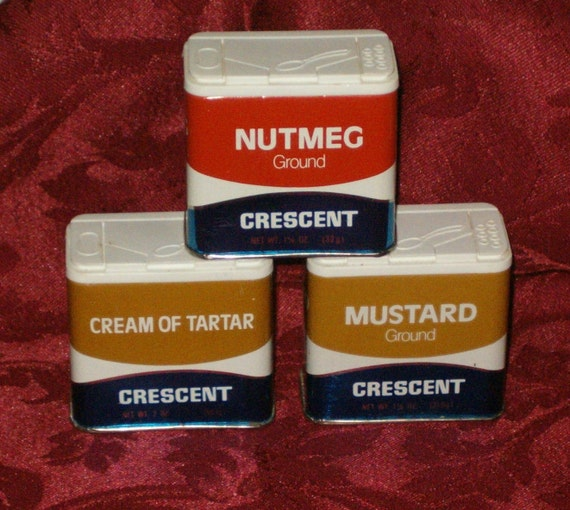 Vintage Crescent Spice Tin NUTMEG MUSTARD Cream of TARTAR 1981 Containers Kitchen Decor Metal Brown Orange 70s Decor Plastic Top Set of 3