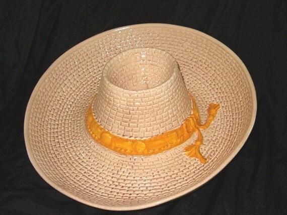 Mexican Figural Hat Chip Dip Salsa Chili Bowl Plate Ceramic