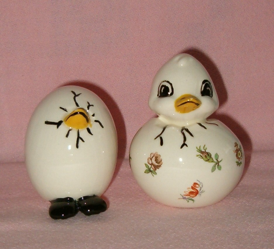 Vintage Ceramic Hand Painted Chicken Egg Figurines Set Of 2