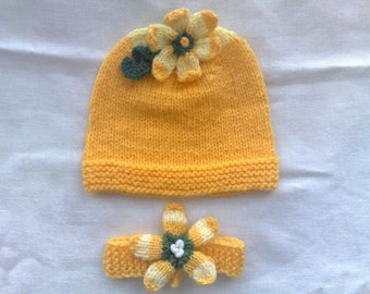 Baby set  Hat and Headband with  flower  3 - 6 months  Hand knit  Ready to ship