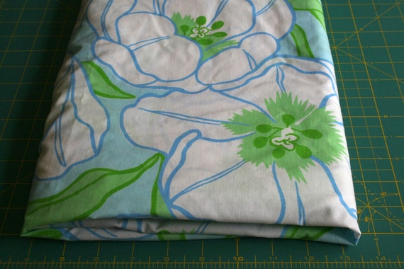 Vintage reclaimed Bed sheet Linen Fabric large white spring floral light blue lime green tulip lily for quilting apparel crafts lg pc