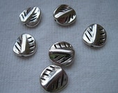 18 Metal Leaf Silver Colored Beads-M1