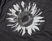 Unisex Sun Flower Tee Shirt - Available in Small, Medium, Large, Extra Large, XXL and XXXL