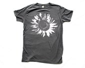 Organic Tshirt - Guys / Unsiex T-SHIRT SUNFLOWER - Organic Cotton - Clothing -  XS, Small, Medium, Large, Extra Large, 2X