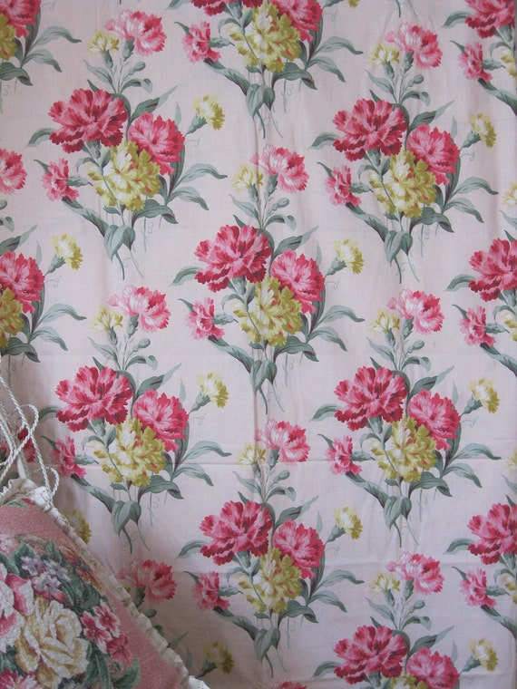 Lovely Vintage Carnations on PINK Barkcloth Era Cotton Fabric