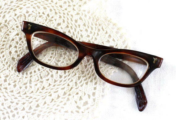Vintage Cat Eye Horn Rimmed Glasses
