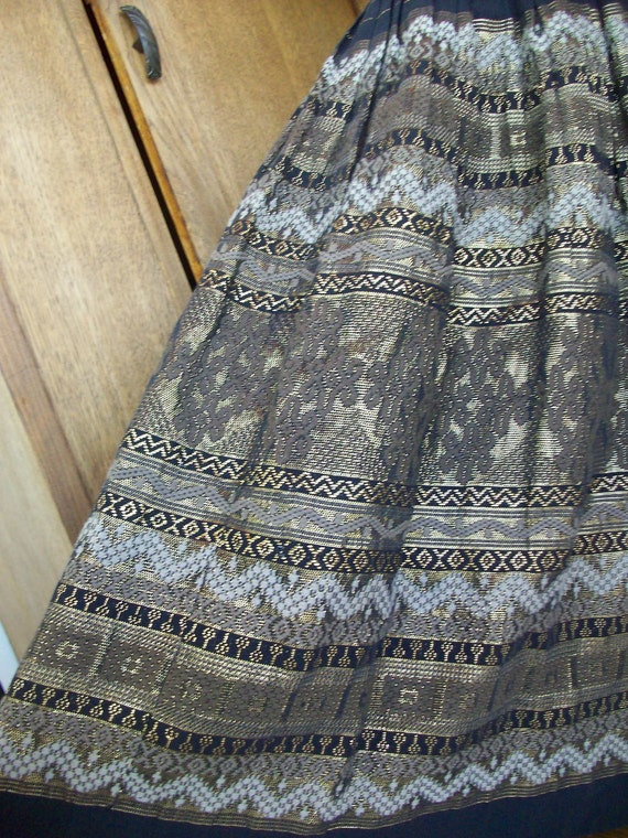 Vintage Ethnic Skirt Embroidery Design Boho  Hippie Skirt 1950's