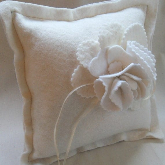 felt ring pillow winter white blossom flowers