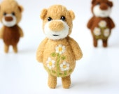 Light brown pocket bear with camomiles 47
