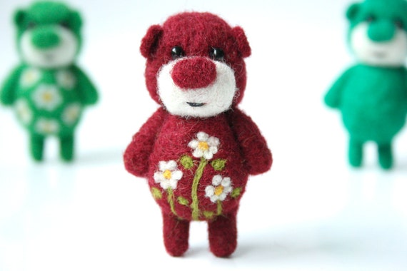 Burgundy red pocket bear with cammomiles 62