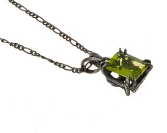 Catbird Solitaire Pendant Peridot 10x8 2.56 ct New Release from Blue Bayer Design NYC