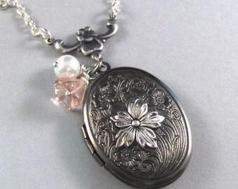 Laura,Silver Locket,Flower,Rose,Pink,Pearl,Bella,Vintage Style. Handmade jewelery by valleygirldesigns on Etsy.