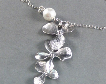 Samantha,Silver Necklace,Pearl Necklace,Cherry Blossom,Bride,Flower,Lotus. Handmade jewelery by Valleygirldesigs on Etsy.