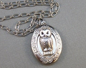 Guardian,Owl Locket,Silver Locket,Silver Necklace,Owl,Silver,Woodland,Antique Locket. Handmade jewelry by valleygirldesigns.