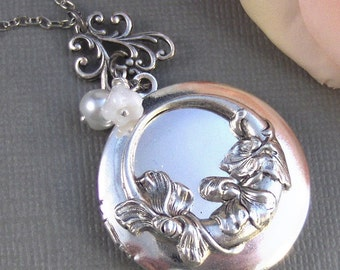 White Lillies,Locket,Antique Locket,Silver Locket,Lily,Lily Locket,Flower Locket. Handmade jewelry by Valleygirldesigns.