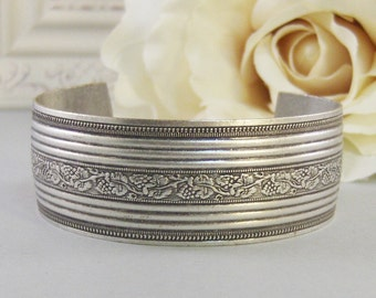 Lauren,Bracelet,Cuff Bracelet,Cuff,Vintage Cuff,Vintage Bracelet,Victorian Cuff,Boho Cuff,Boho Bracelet,Gypsy,Bracelet valleygirldesigns.