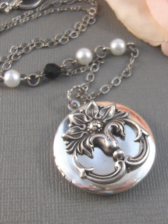 Blooming Lily,Locket,Antique Locket,Silver Locket,Lily,Lily Locket,Flower Locket. Handmade jewelry by Valleygirldesigns.