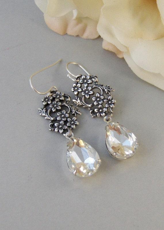 Vintage Blooms,Earring,Vintage Earrings,Diamond,Diamond Earrings,Clear,Crystal,Rhinestone. Handmade Jewelry by valleygirldesigns.