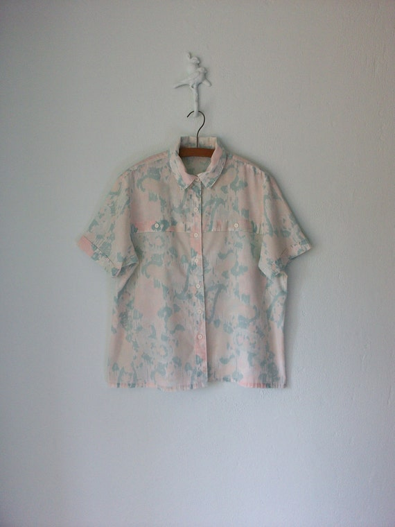 1980's Pastel Blouse ... Pale Aqua Pink Watercolor Print ... Large