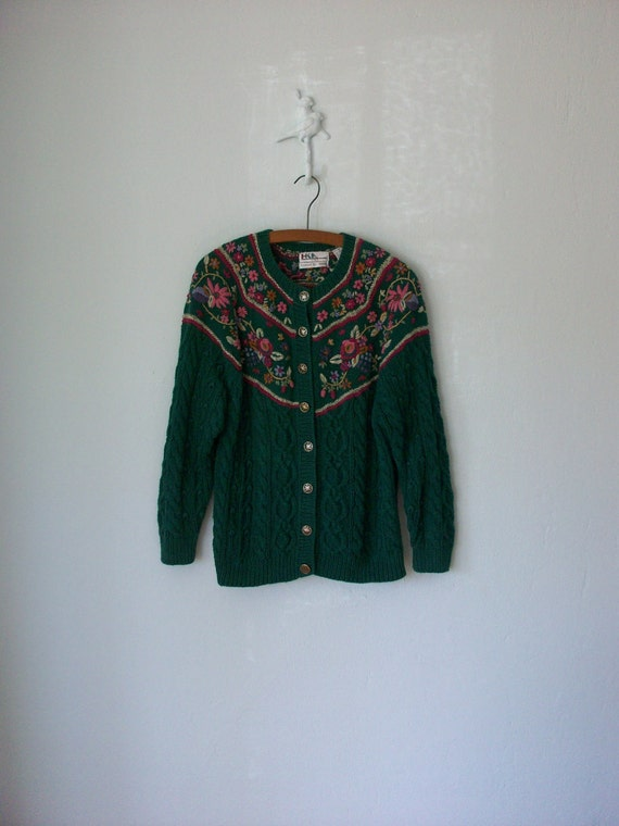 Floral Embroidered Cardigan Sweater ... Green Cable Knit Flower Yoke ... Medium / Large