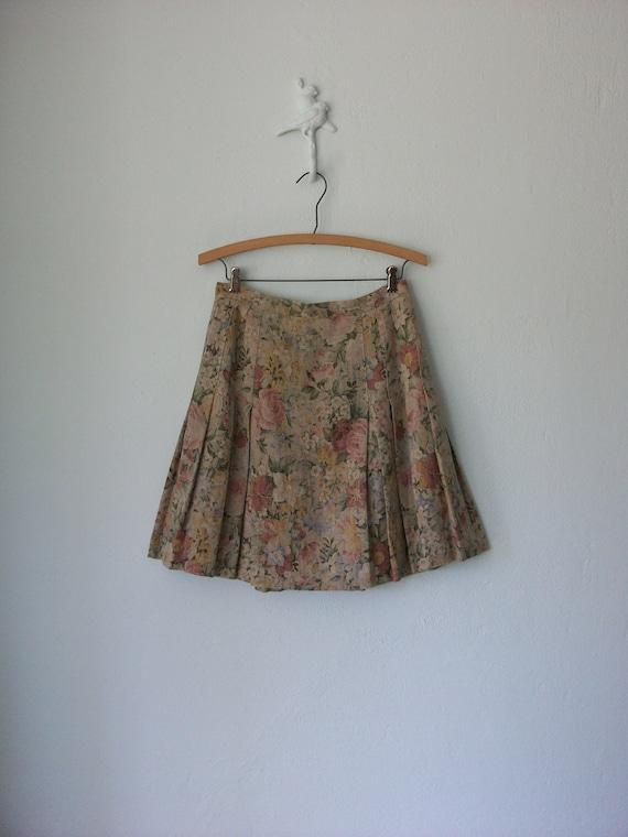 Vintage Pleated Skirt ... 90's Floral Print Linen Mini Kilt ... Small / Medium