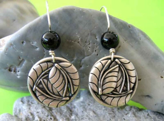 Silver Leaf Circle Earrings with Black Onyx and Hand-Fashioned Sterling Silver Wires