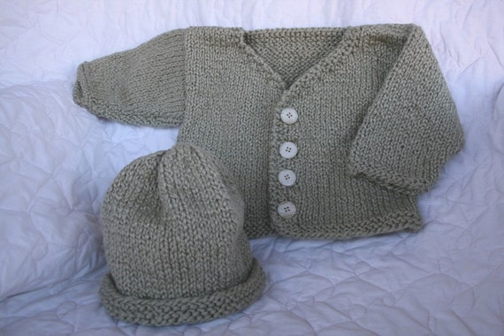 SWEATER in Organic cotton with a hat to match