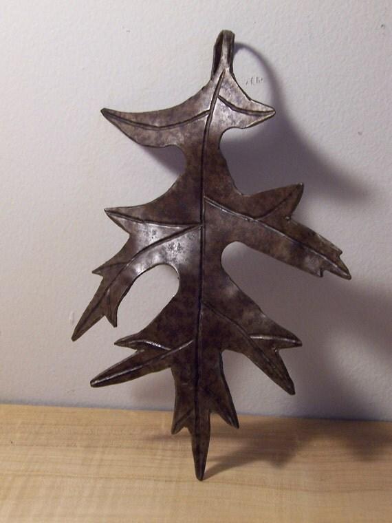Oak leaf ornament, Ironwork sculpture