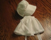 Colonial Apron and Bonnet fits American Girl-NEW