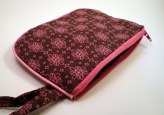Zippered Pouch Wristlet in Brown and Pink