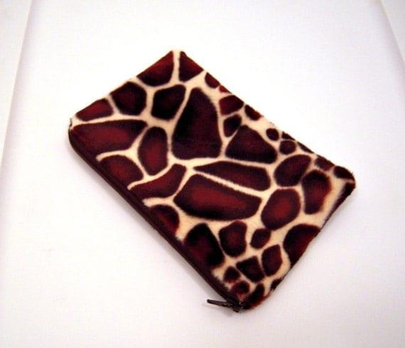 Giraffe Print Zippered Pouch